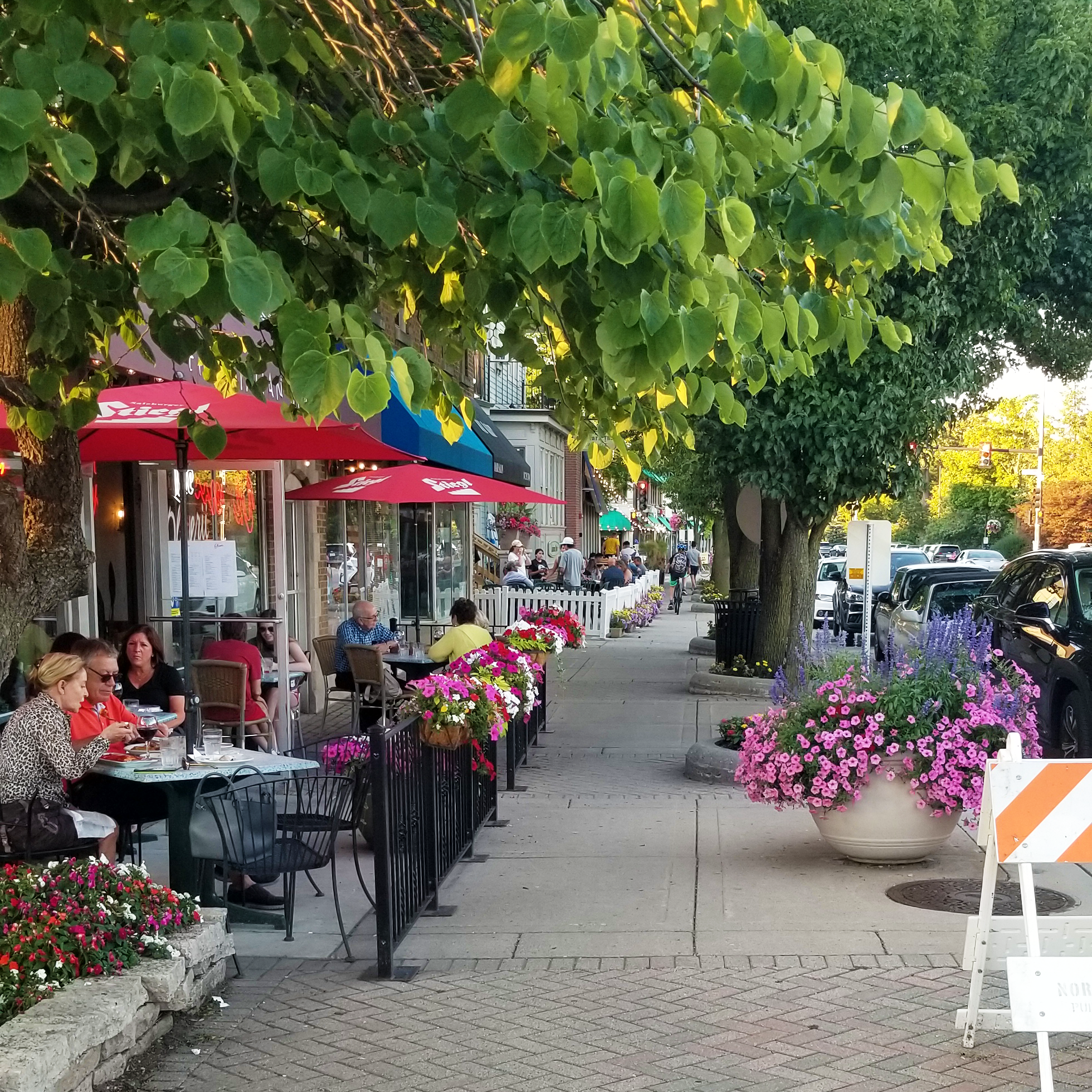 People enjoying outdoor dining in downtown Northbrook